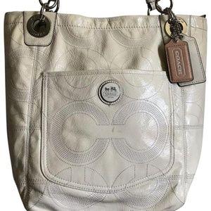 Coach White Patent Leather Shoulder Bag